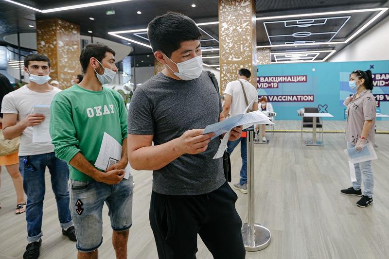 莫斯科市政府在卢日尼基体育馆设立新冠疫苗接种中心 日接待量1.5万人