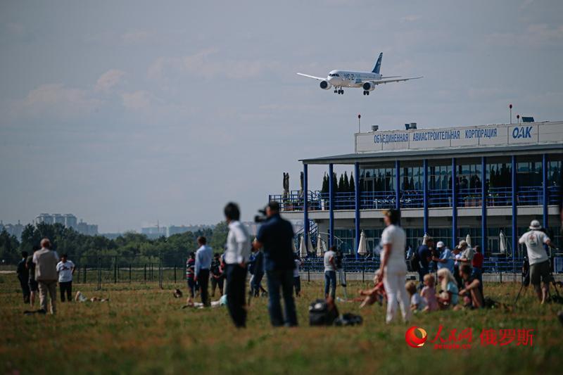 高清组图:第15届莫斯科国际航空航天展开幕